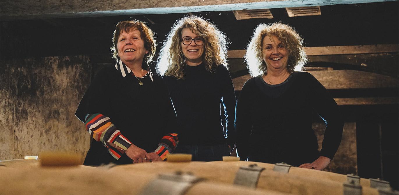 3-femmes-castel-la-rose